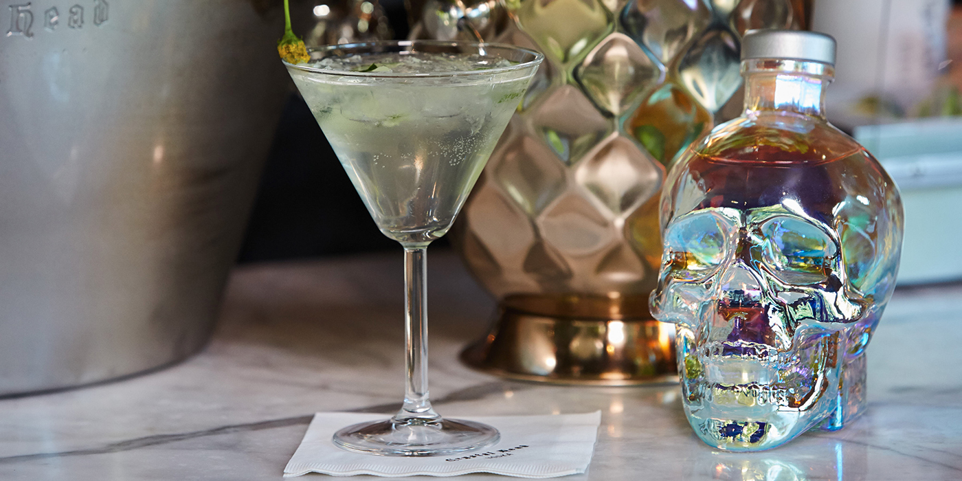 Crystal head smash